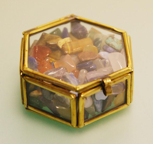 Como guardar cristais