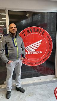 Lucien commercial concession honda 7ème avenue