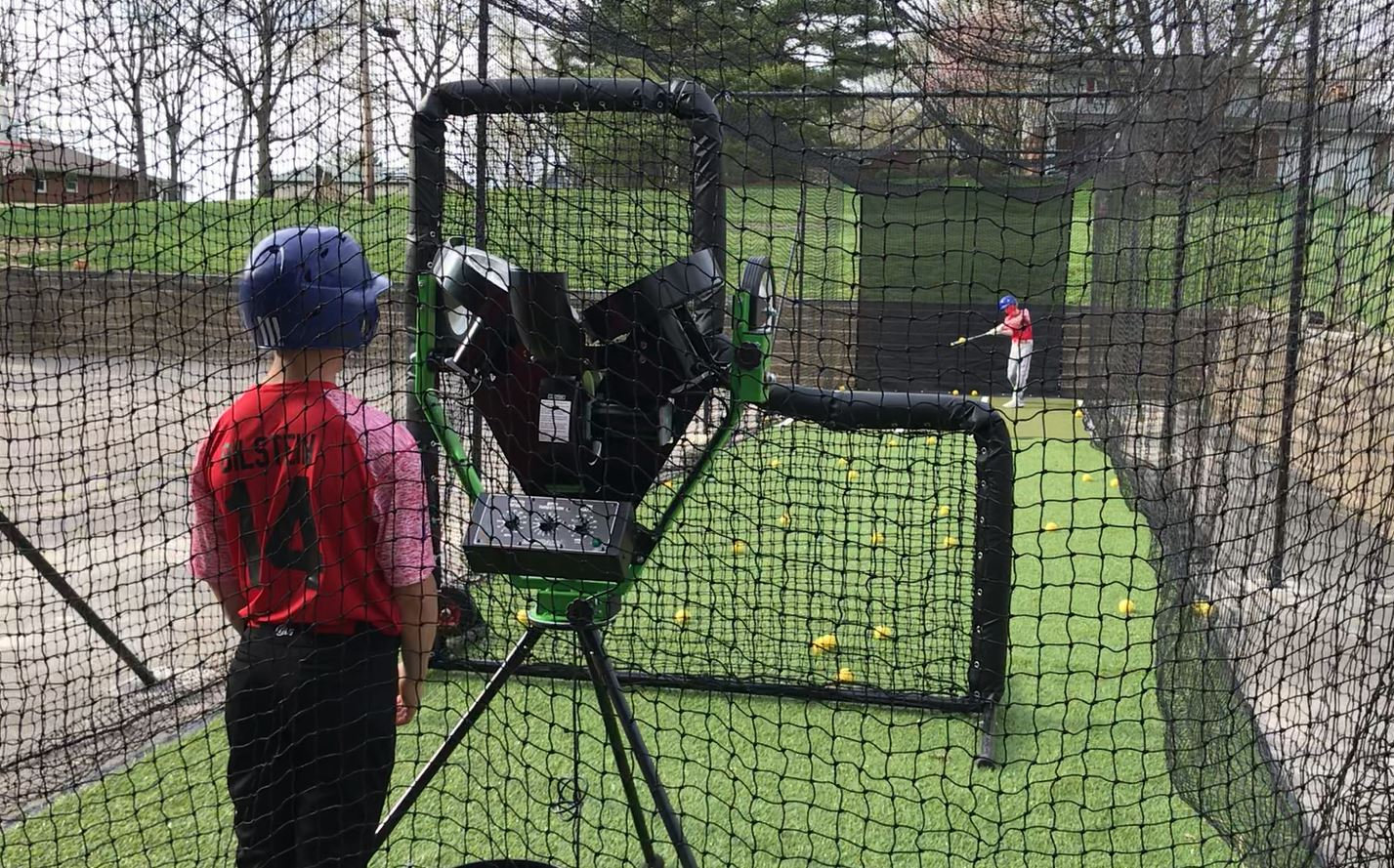 Outdoor Cage Rental w/ Pitching Mach 1Hr