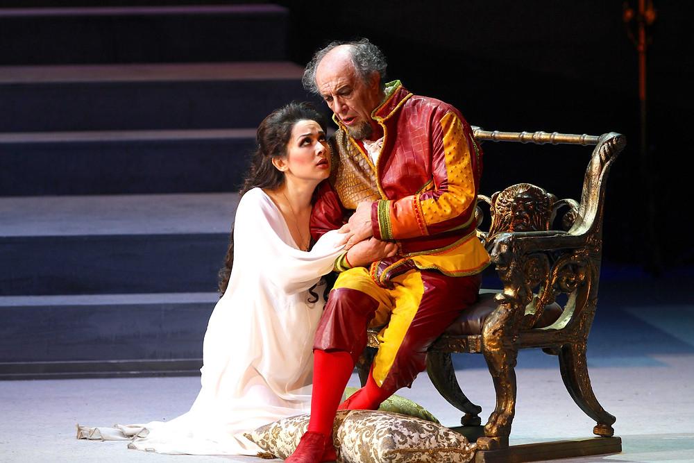 Leo Nucci e Maria Mudryak in Rigoletto