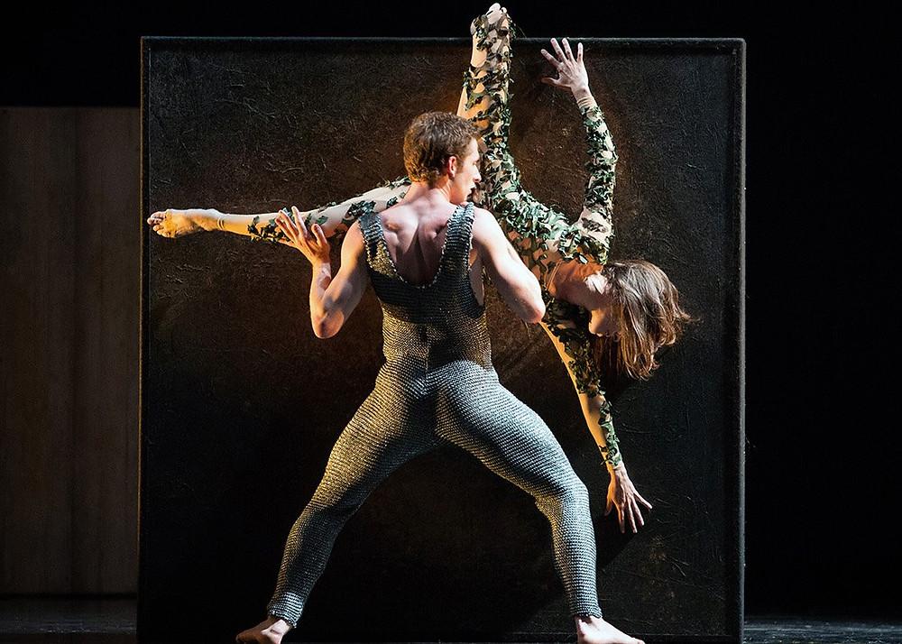 I danzatori di Aterballetto in Tempesta