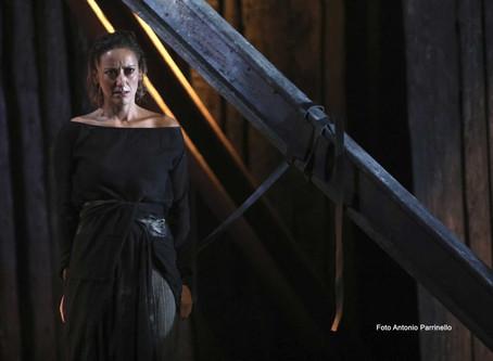 Antigone: Sofocle o Sicignano?