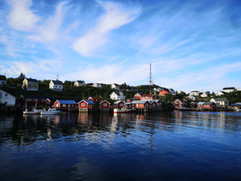 Village dans les îles Lofoten.jpg