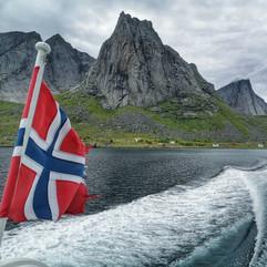En mer dans les Fjords Norvégiens.jpeg