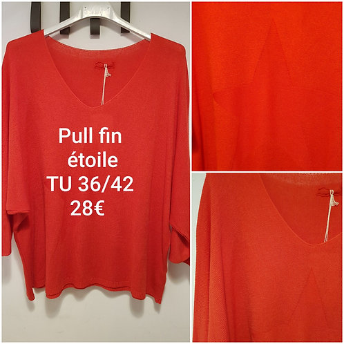 Pull fin étoile rouge
