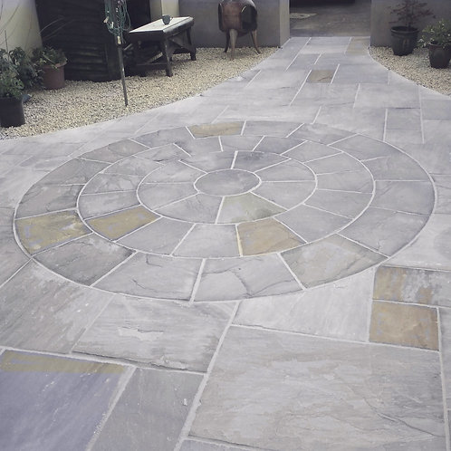 Kandla Grey Promenade 3.0m Sandstone Circle inc sq.off Kit