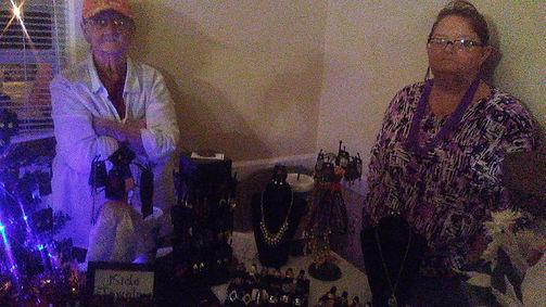 Paparazzi jewelry anyone.jpg