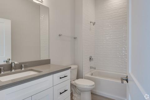 Bath 403.jpg