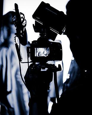 Fotografo in un servizio fotografico