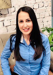 Mariam Nawabi Headshot Cropped May 2019.