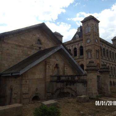 teren pałacu królowej Ravalony (10).JPG