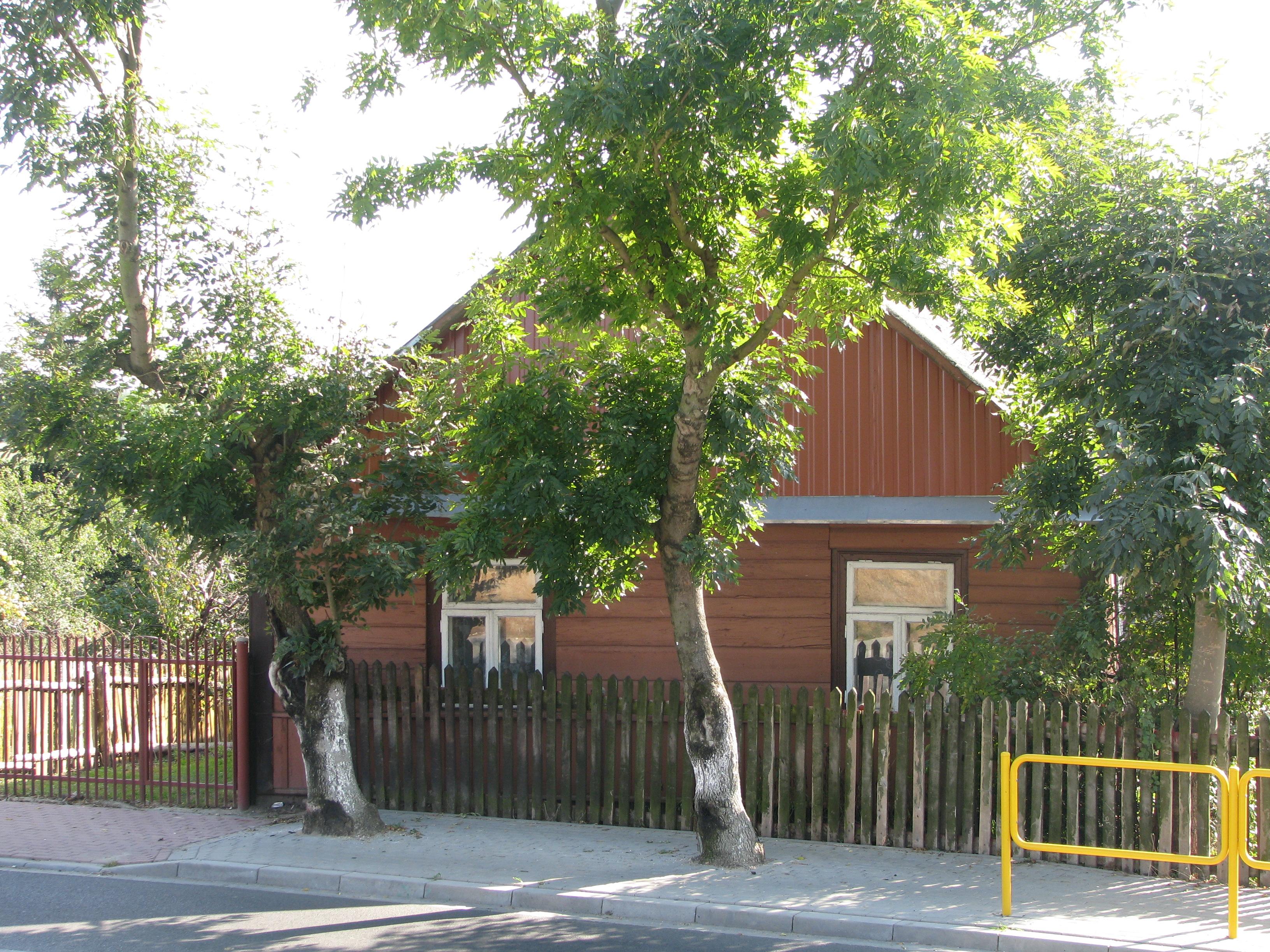 Latowicz zabytkowe domy drewniane