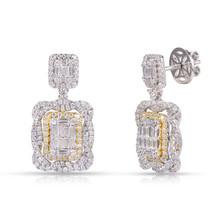 Diamond Earring in 18K White & Yellow Gold