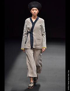 Rakuten Fashion Week Gairoju Chiharu.jpg