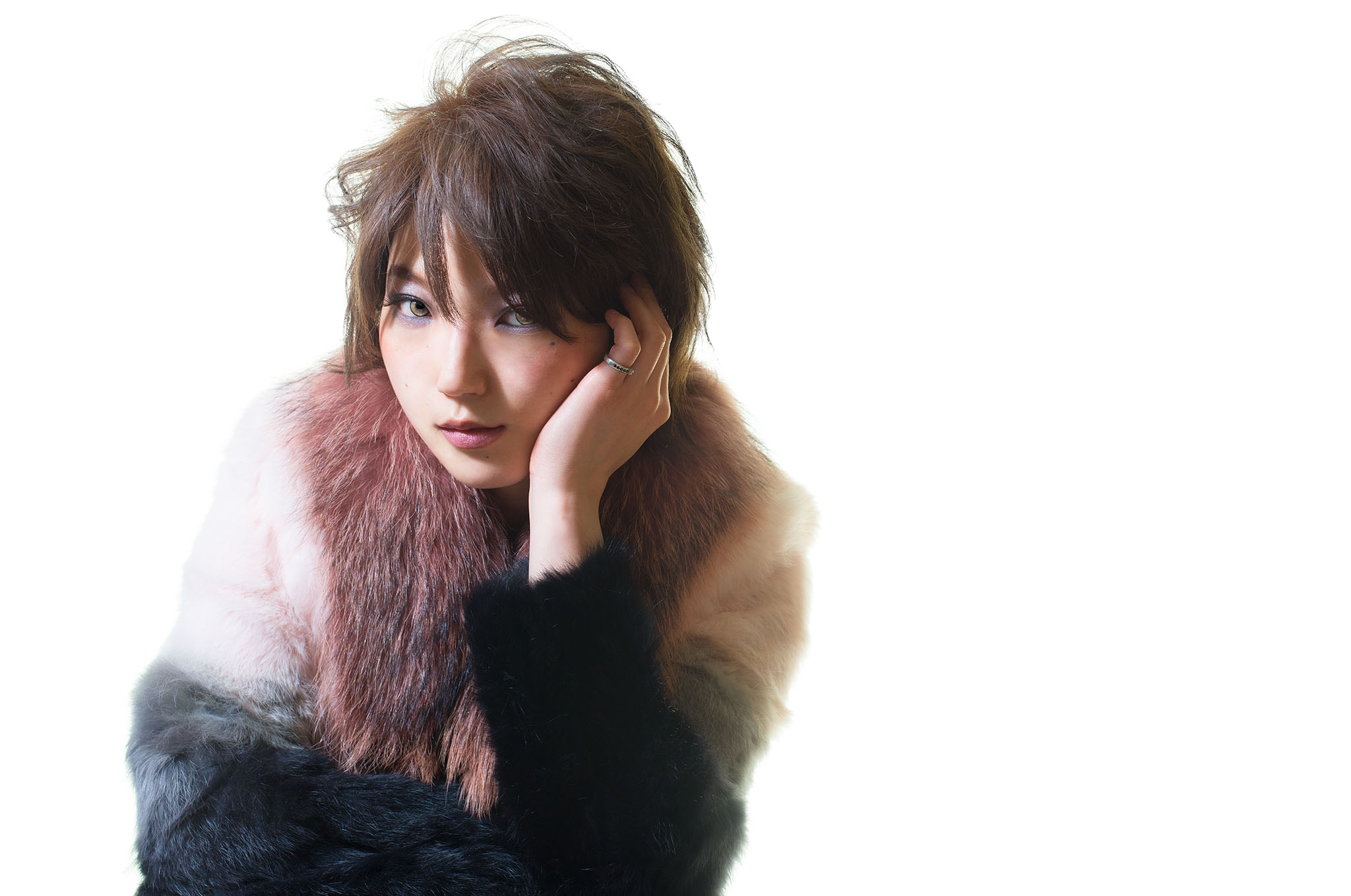 singer / Hesu