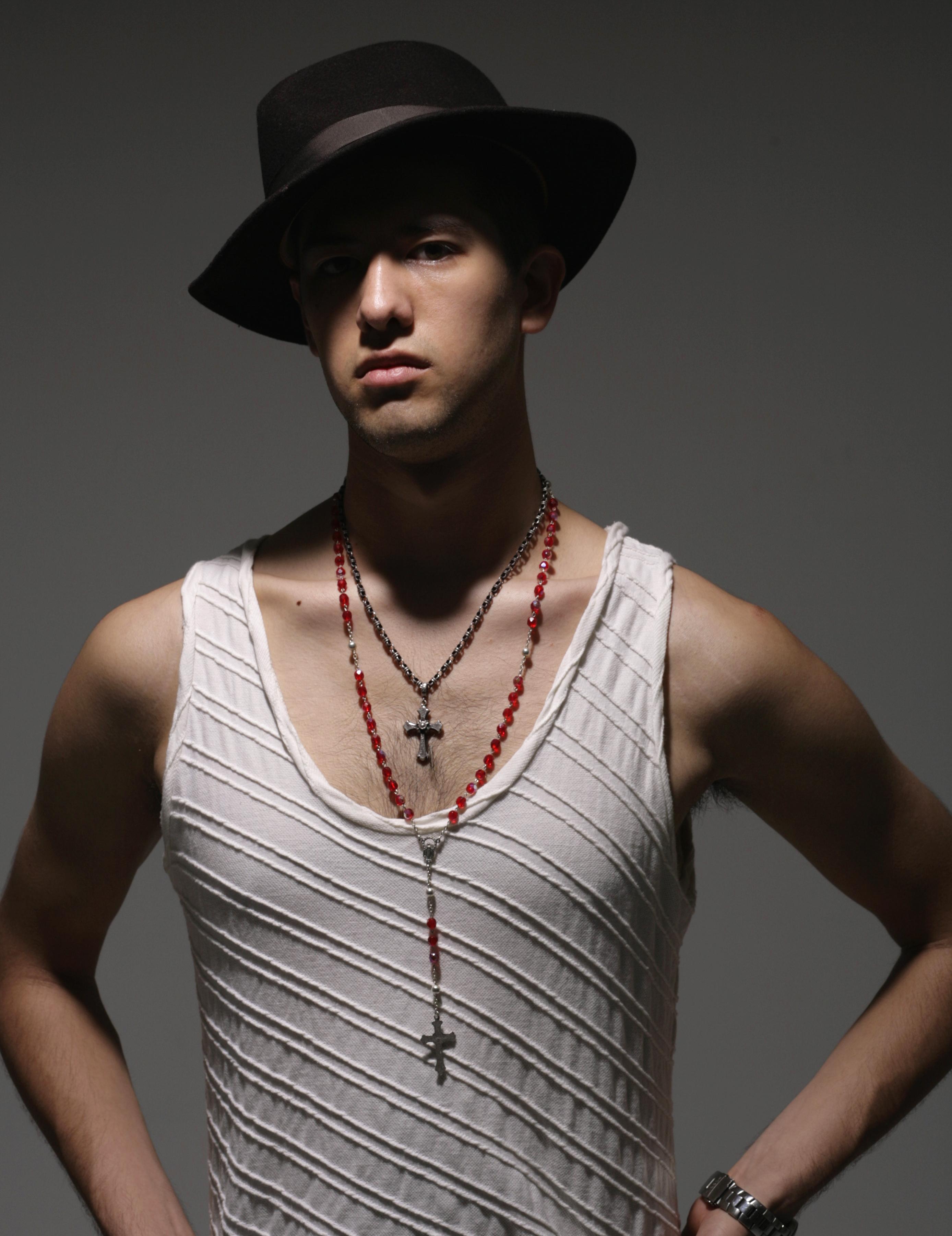 model / Robert
