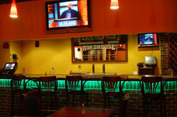 lucilles-roadhouse-bar