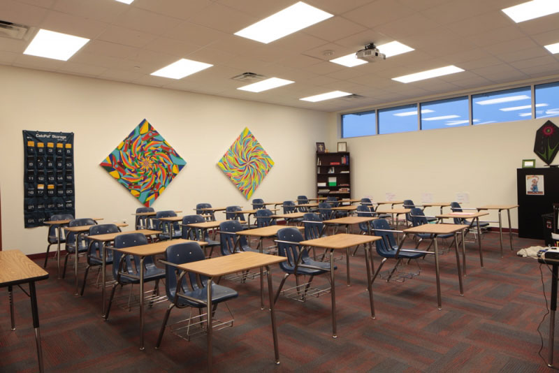 founders-academy-hs-classroom=desks