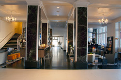 stoneleigh-looby-from-reception-desk