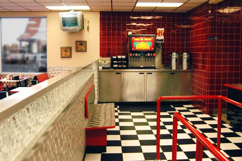 taco-delite-interior-line-queue