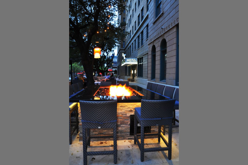 stoneleigh-exterior-firepit