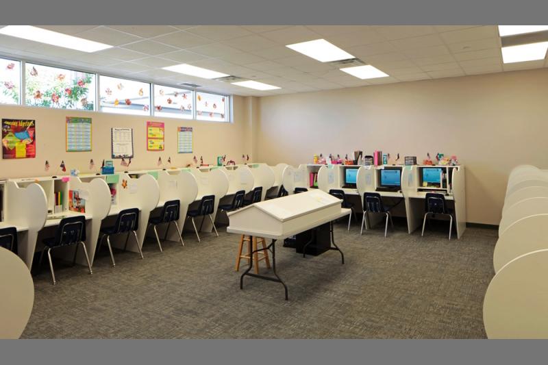 vista-academy-computer-classroom