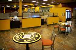 golds-gym-sign-up-tables