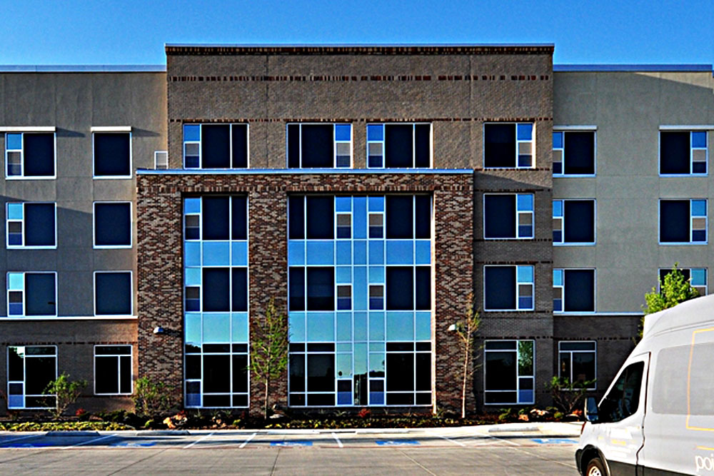 1m-cambria-hotel-southlake-exterior-side-view-md
