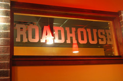 lucilles--etched-glass-roadhouse-sign