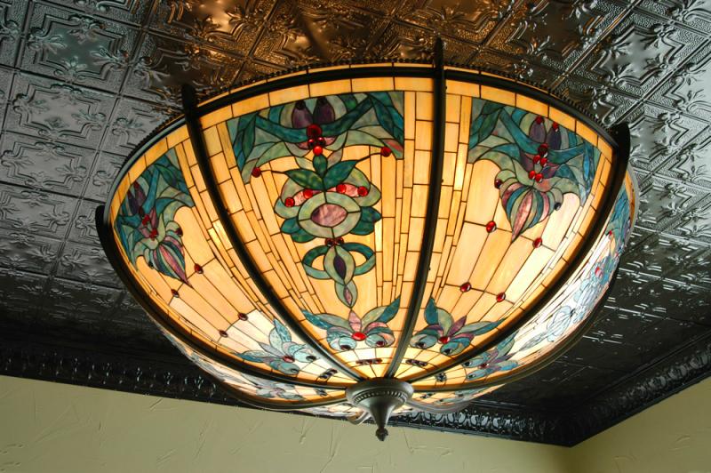 bennett-building-tin-ceiling-globe-light