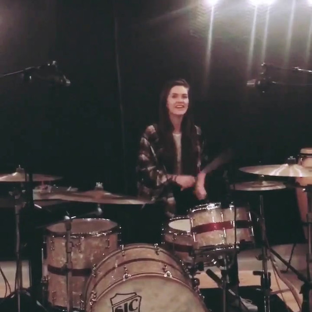 Lauran playing MJ cover in studio