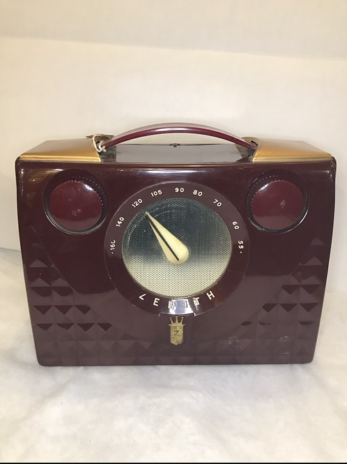 Zenith Model H 401 Portable Tube Radio