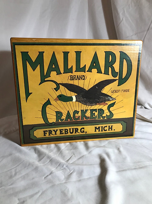 Mallard Crackers Dovetail box