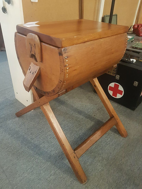 Primitive dough box table