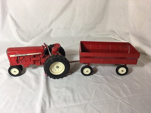Ertl  Tractor and Trailer