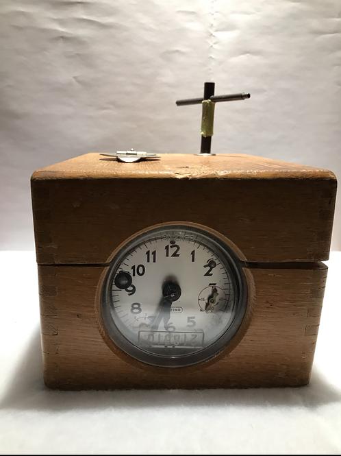 Benzing Bird Racing Clock