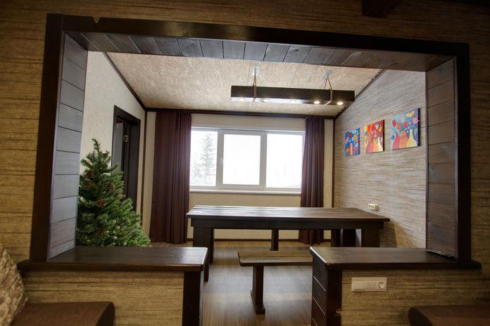 Гостиная №2 плавно переходящая в столовую