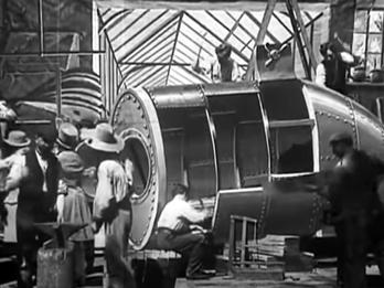 Stanl33's Silver Spaceship