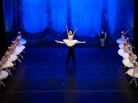 Old Friends Talk Art: Dancers' Studio