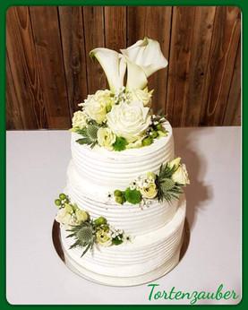 Hochzeitstorte grün weiß