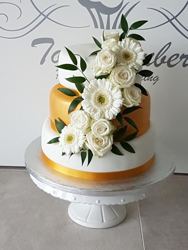 elegante goldenen Hochzeitstorte