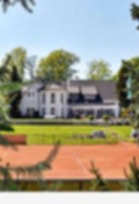 clubhaus-mit-terrasse_web.jpg