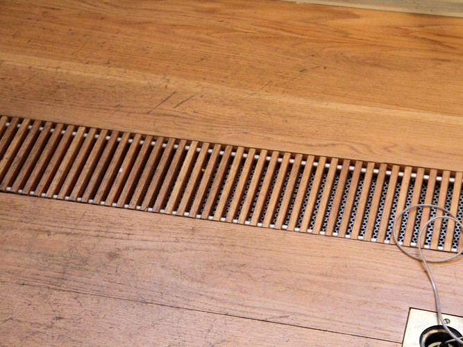 Wood grille for floors from Kungsprofiler