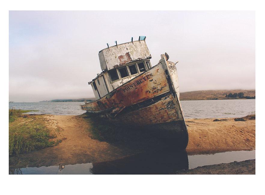 beached boat 1.jpg