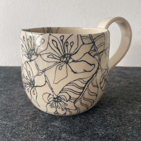 Large Wild Clematis Mug