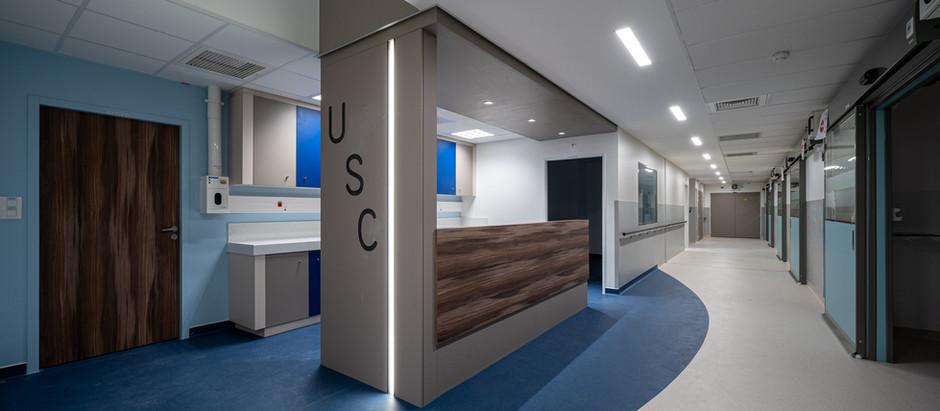 HOPITAL Saint Louis - Unité de soins critiques
