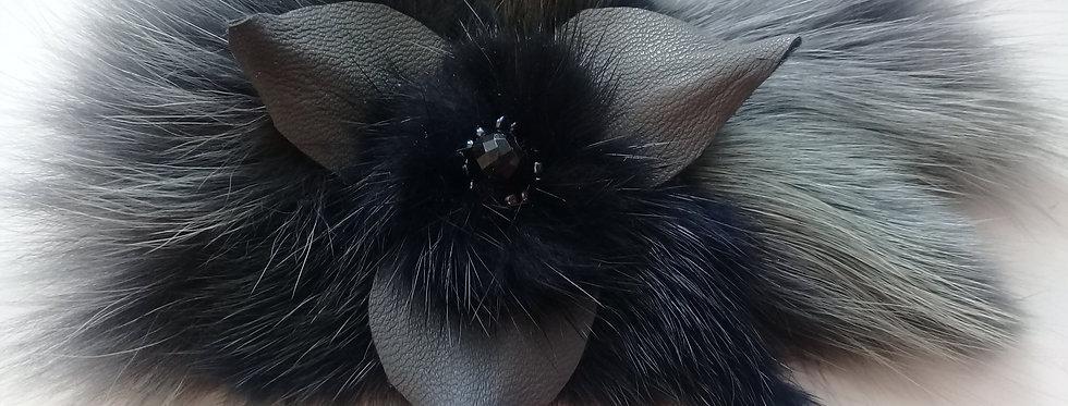 Меховая брошь fur brooch