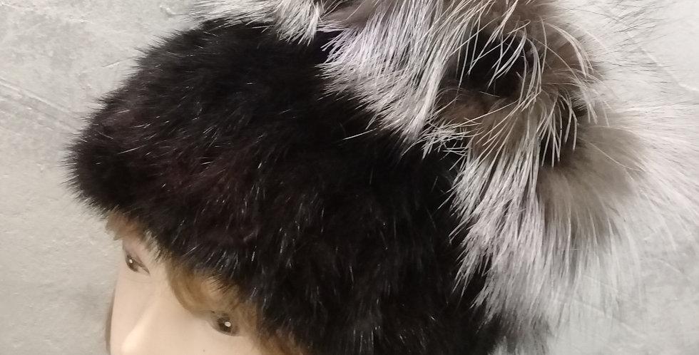 Норковая вязаная кубанка с чернобуркой.