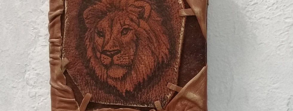 Кожаный ежедневник. Лев. Натуральная кожа.