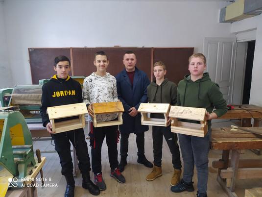 Всеукраїнська акція «Нагодуй птахів взимку»
